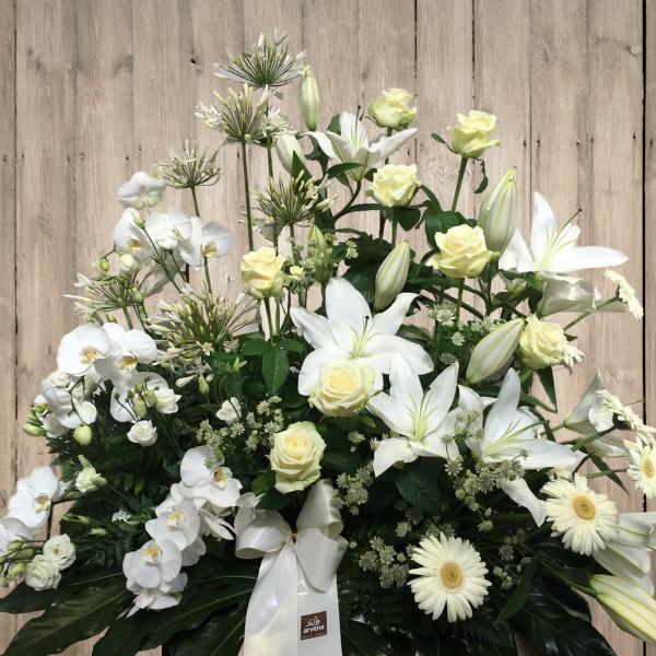 Centro flores blancas - ARVENA